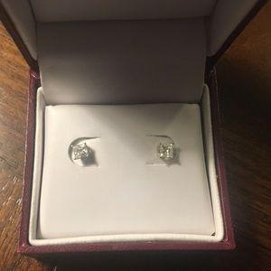 Helzberg Princess Cut Diamond earrings